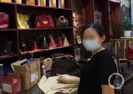 奢侈品包包转卖,卖高仿的奢侈品包包违法吗?注明是高仿?