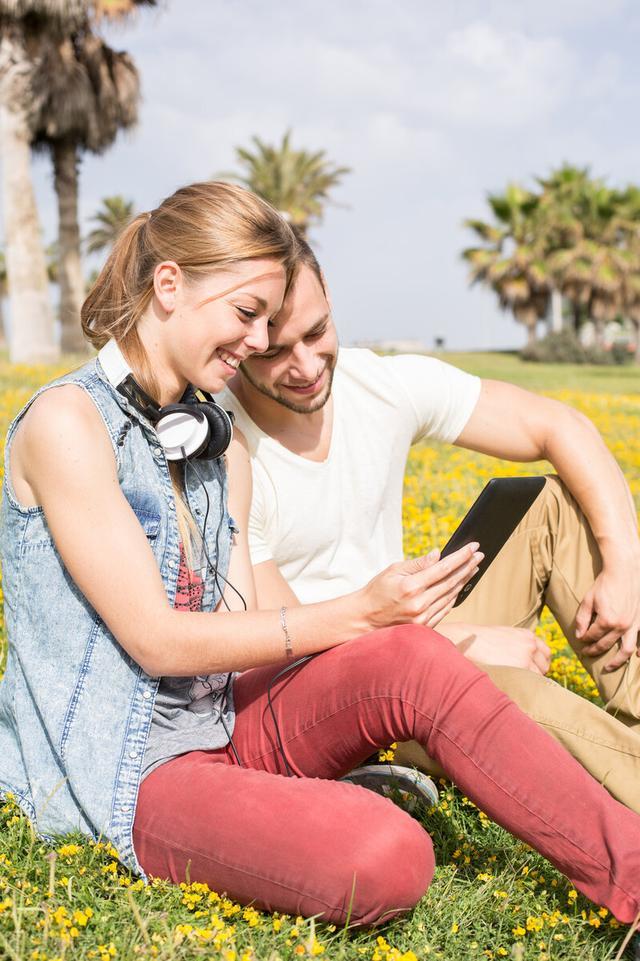 为什么佩戴助听器时,有些人需要做个耳模?