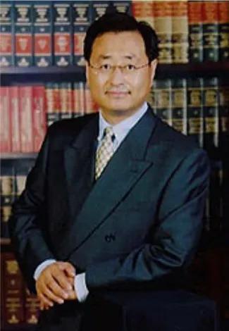 李军律师行:为个人和企业提供富有洞察力的法律战略