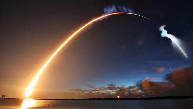 """美军头疼:俄罗斯搞出""""套娃卫星"""",堪称卫星中的变形金刚?"""