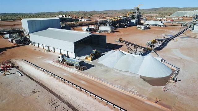 """每吨价格14000元!又一矿石被炒到高价,澳大利亚喜迎""""新支柱"""""""