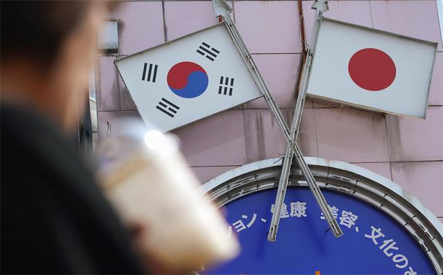 局势有变?9月29日,韩国给日本下马威,英国与欧盟发生激烈冲突,中国再次警告澳大利亚