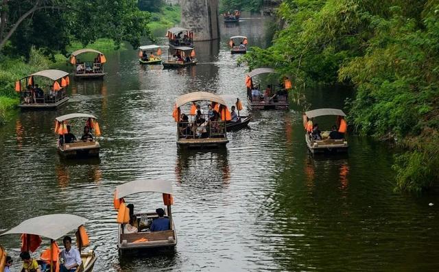 成都边上的10大耍水古镇,坐船、耍水、打麻将,1天也能耍巴适