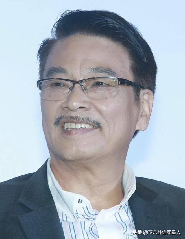 """21年已离世的6位明星:吴孟达廖启智患癌,""""谢大脚""""出车祸"""