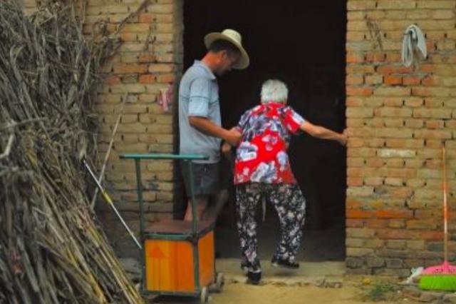 老年性侵:长期被忽视的恋老心理,滋生了多少幕后黑手