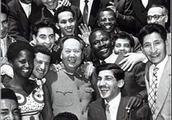 50年前重返联合国,毛主席说:黑人兄弟和中小国家把我们抬进联合国