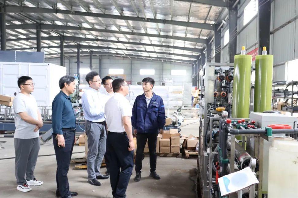 河南工程学院与沁润泽环保签署校企合作协议并授牌(图8)