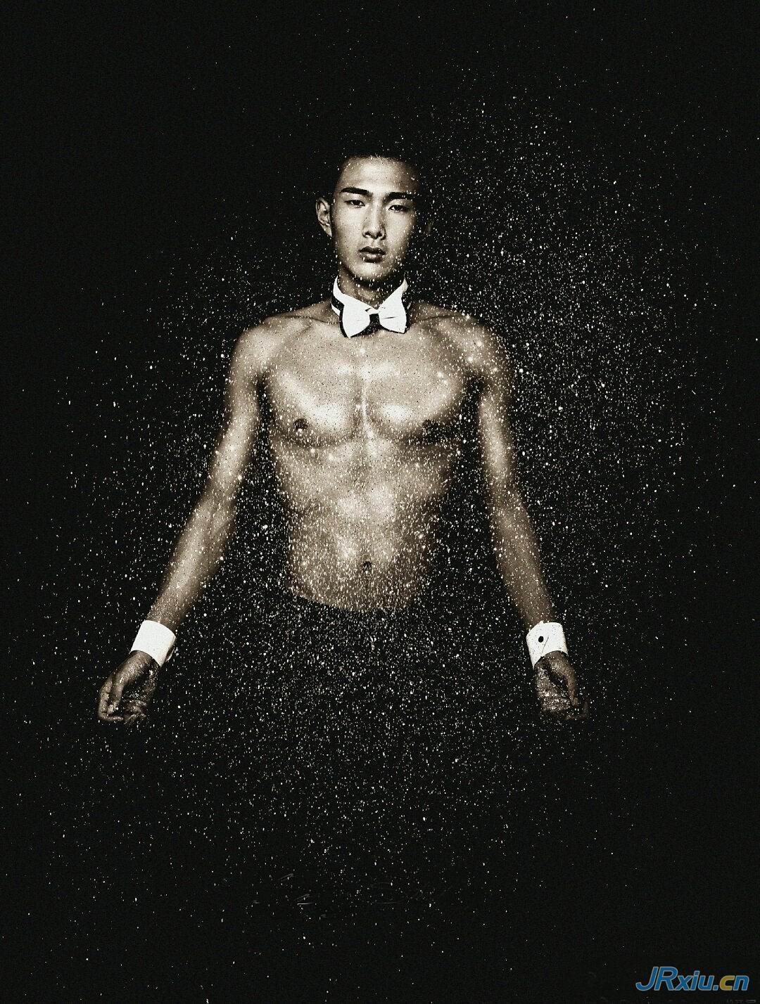 广西北海银滩镇男孩肌肉帅哥男模