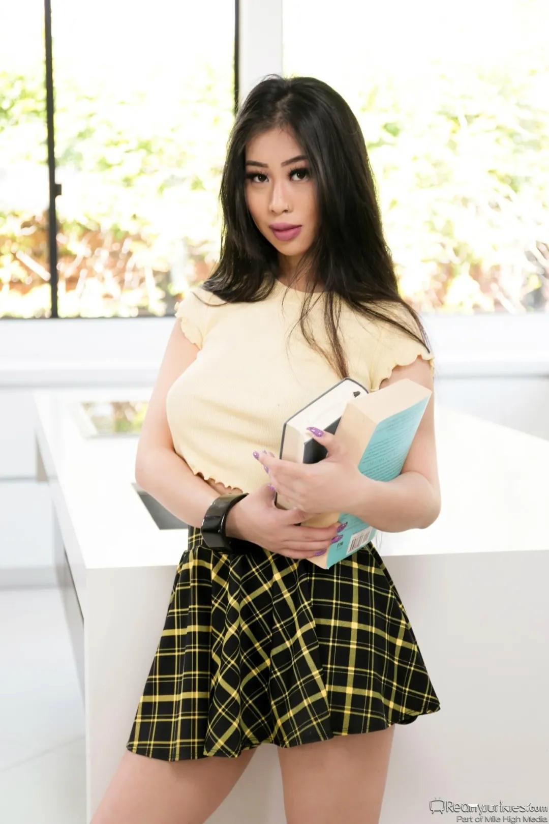 华女老师:Jade Kush