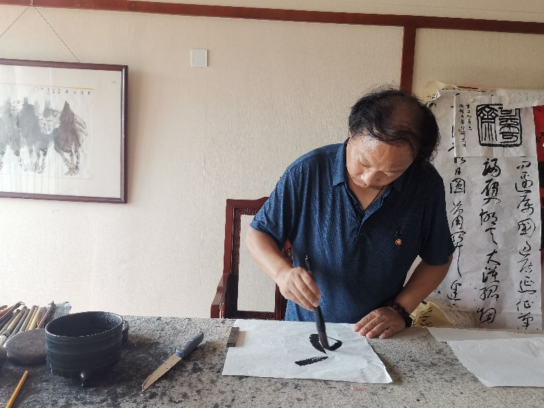 """第一期""""中字村乡村振兴会客厅""""在郑州双零楼举行"""