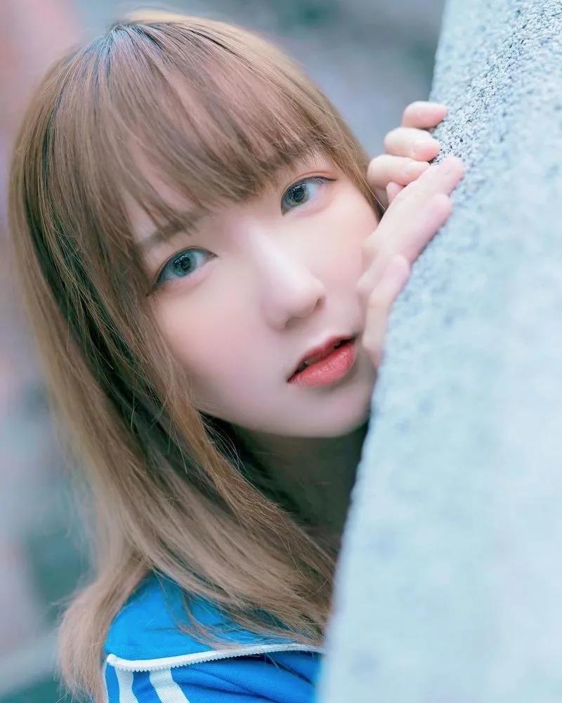 娇小可爱的香港正妹樱花小姐姐