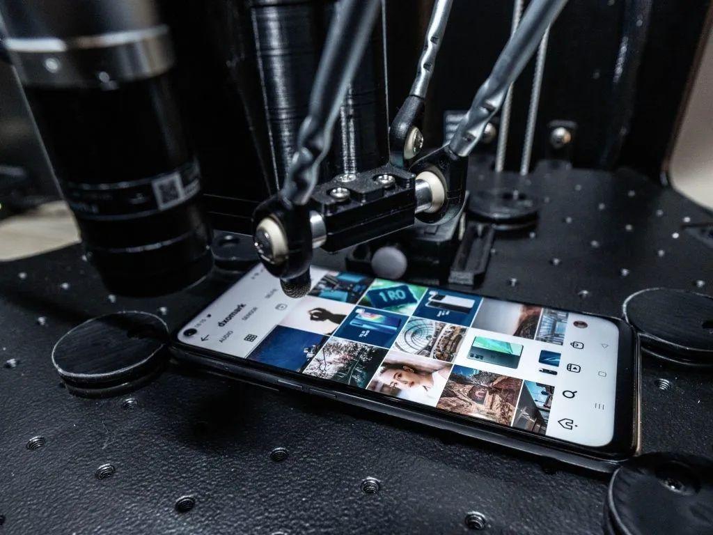 什么牌子手机电池耐用和质量好(质量好耐用的手机品牌)插图(1)