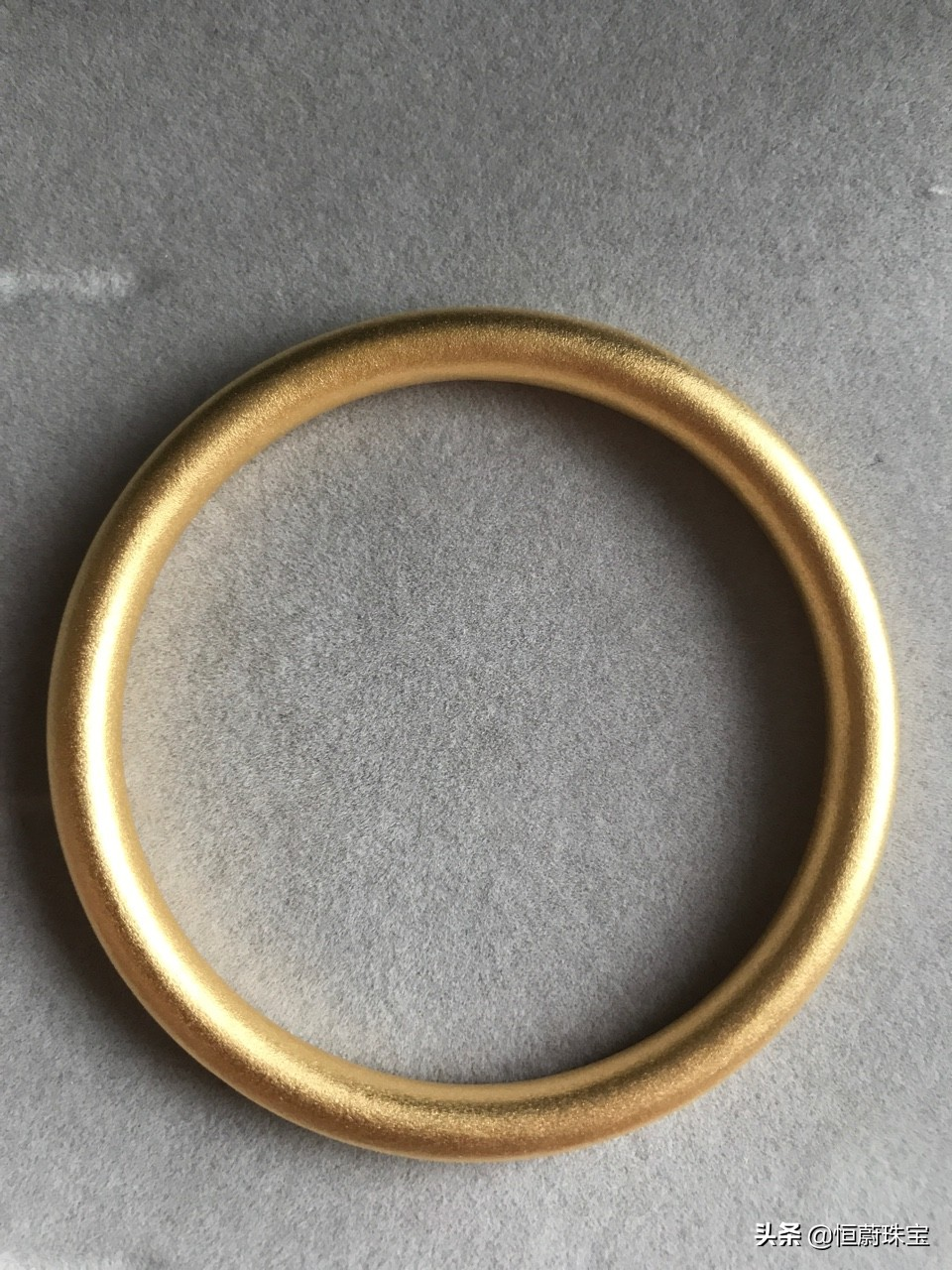 黄金手镯首饰,哪个牌子的纯度最高?竟然不是周六福与老凤祥
