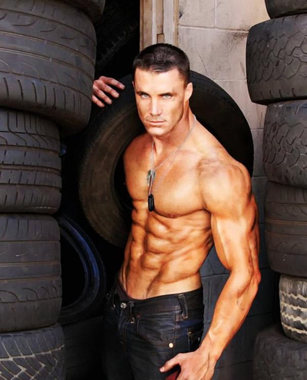 全球第一健身模特 美国健身男模Greg Plitt