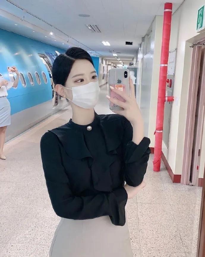 韩国航空系网红小姐姐:서 림