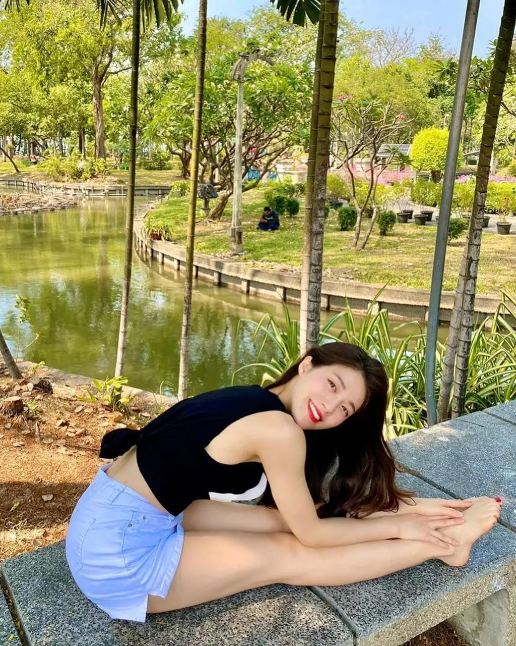韩国瑜珈女神金成熙
