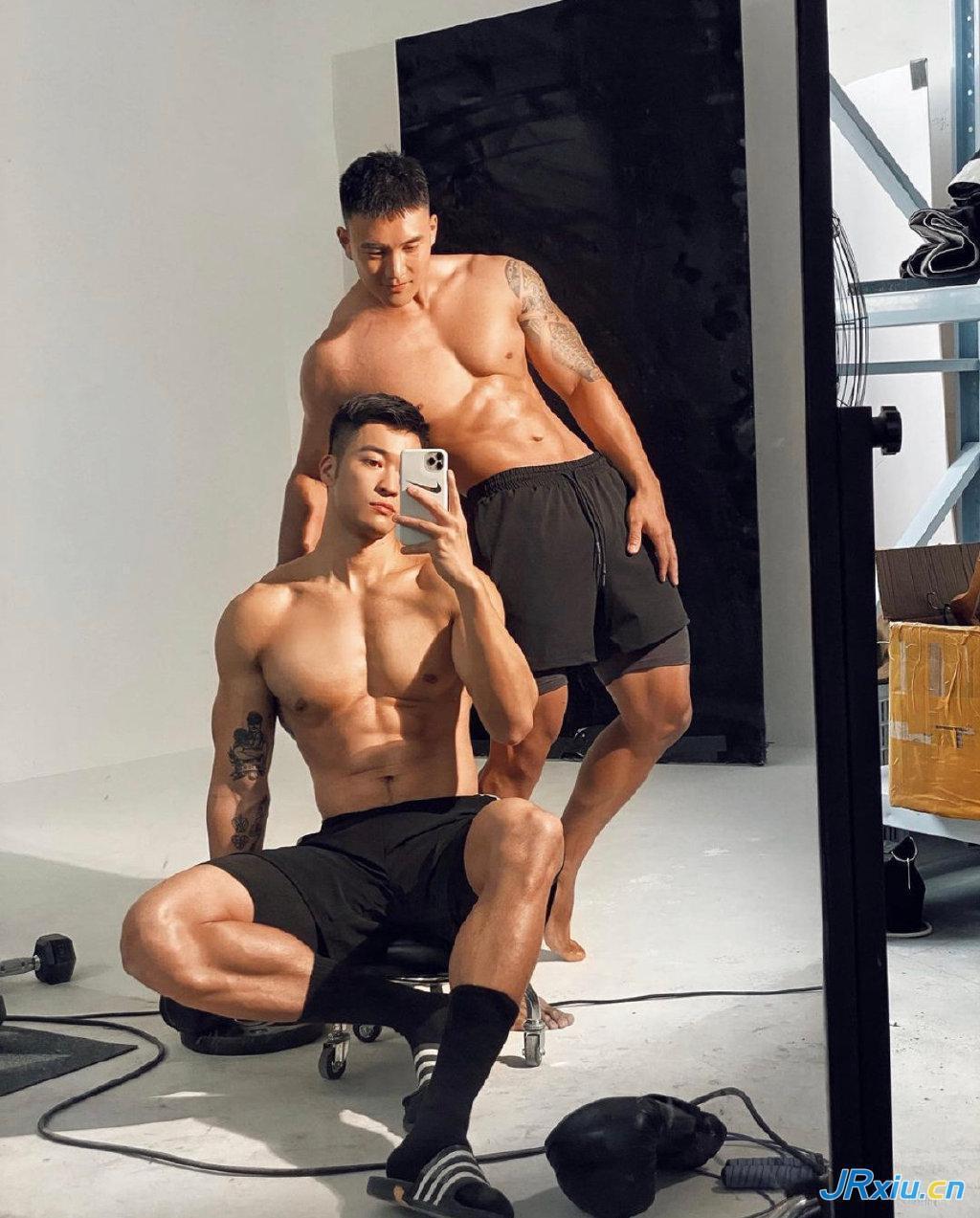 中国健身肌肉帅哥厦门死飞燕小贱大人