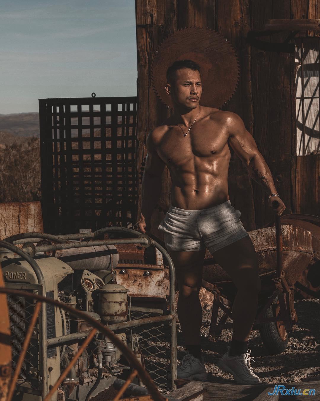 越南肌肉帅哥健身猛男Ryan Hoang