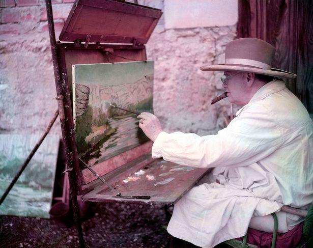鲍里斯学起丘吉尔玩画画,被媒体扒出旧作:不看看你画的都是啥