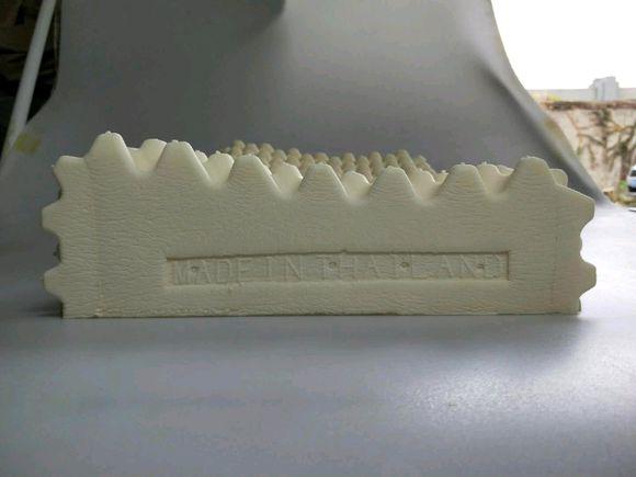 有机乳胶床垫,要认准钢膜防伪