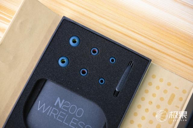 便携与HIFI可兼得!AKG N200蓝牙耳机评测:运动、通勤的音乐利器