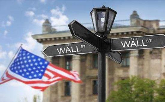 美国通胀压力持续增长,全球能源危机愈演愈烈。黄金价格为1770英镑。