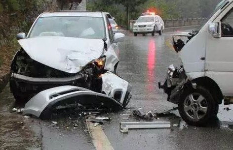 正常行驶撞死人,家属要价200万,不赔会被判实刑吗?