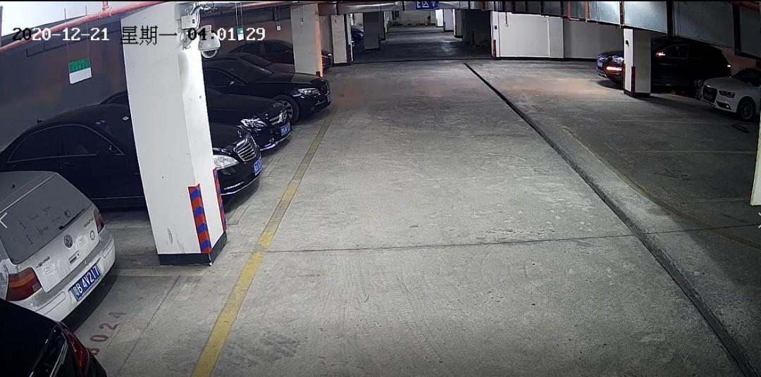 """注意,南宁有人携带""""万能钥匙""""5秒开锁!窃贼狂盗车内财物"""