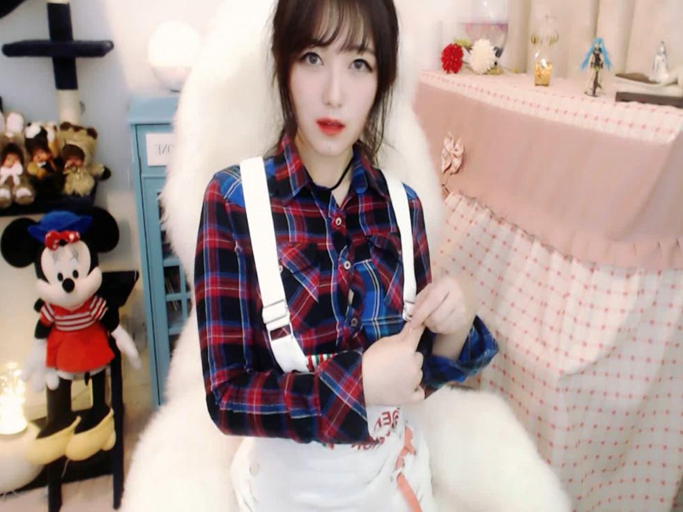 斗鱼主播樱晚gigi办卡Asmr视频5部,这样的双她让人直呼太上头!!