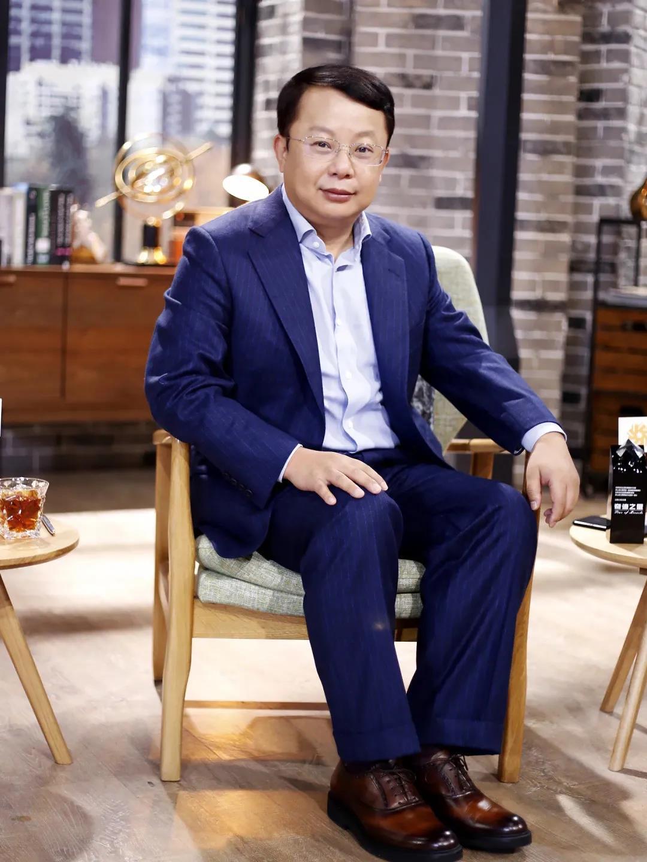 """宋向前先生荣获""""2021年中国最具影响力的30位投资人""""殊荣"""