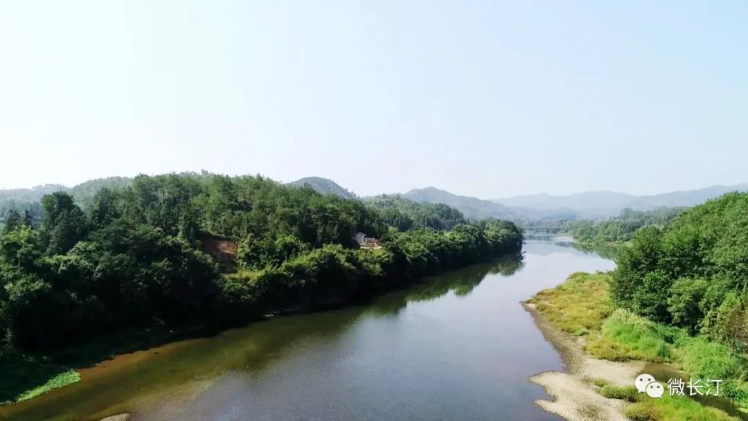 长汀:汀江国家湿地公园生态护岸修复工程显成效