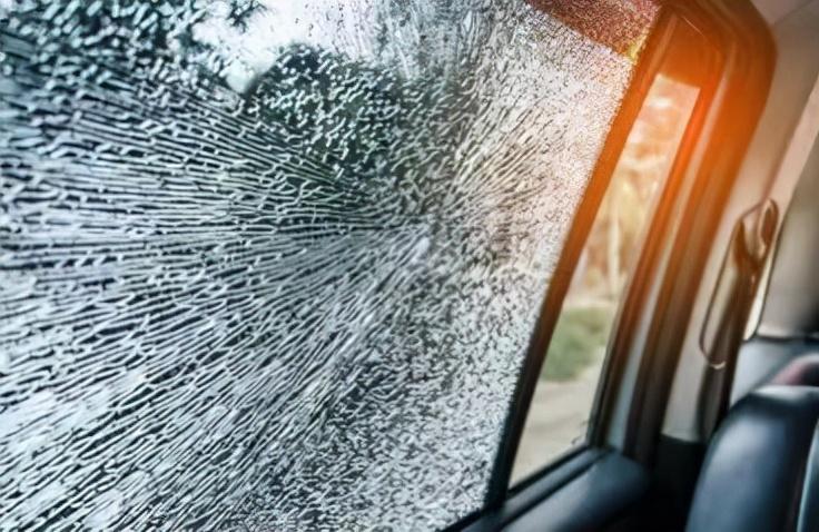 汽车玻璃膜选购指南 最贵的未必是最好的