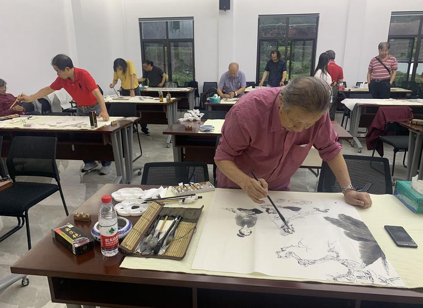 浙江省国际美术交流协会、浙江西湖书画院文化帮扶书画活动举行