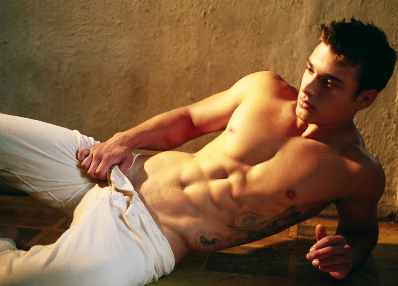 美国肌肉帅哥健身男模matthew evangelisti