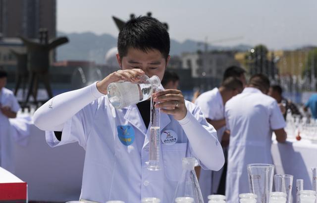 白酒怎么发酵(自酿白酒的详细过程)插图(2)