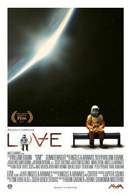 爱/爱在太空海报